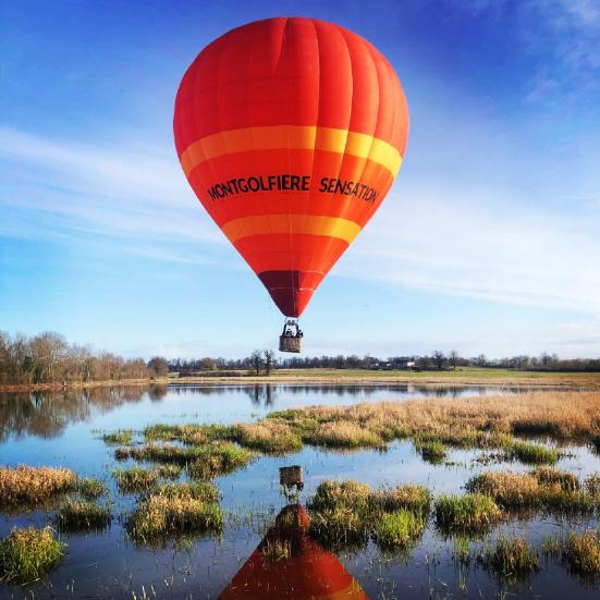 voler au dessus des étangs de la dombes en ballon